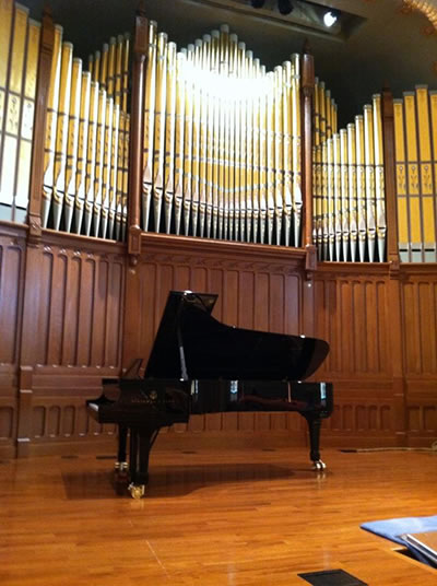 Steinway Concert Grand